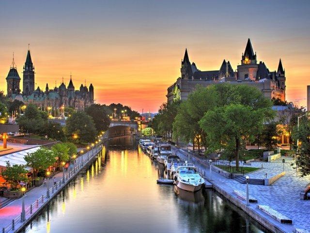 Aluguel de carro em Ottawa: Economize muito