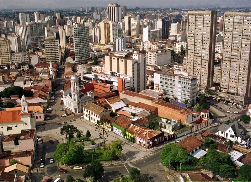 Aluguel de Carro no Aeroporto de Curitiba Afonso Pena: Economize muito!
