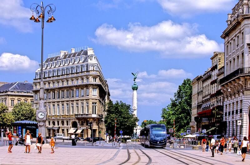 Aluguel de carro em Bordeaux na França: Todas as dicas
